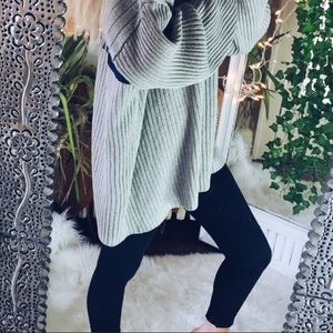 Sweaters - Chunky stripped oversized sweater